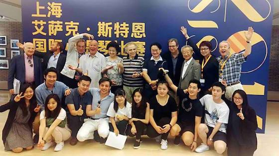 Eliminated Contestants Meet with Jurors in Shanghai; Finals Begin Tonight