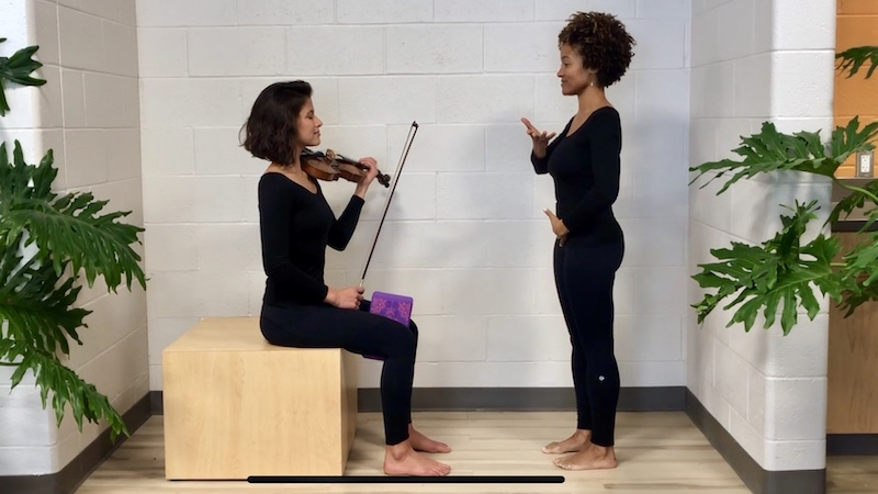 Intermission App Demonstrates Yoga for Violinists and Musicians